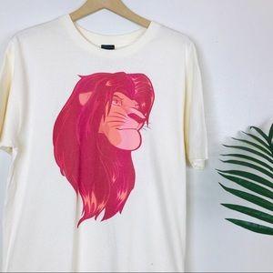 Disney Men's Lion King Simba Red Graphic Tee